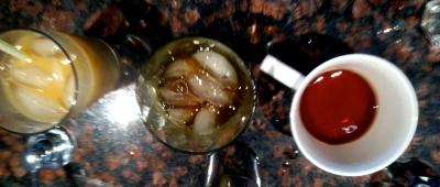 Golden Monkey tea 3 ways: Fizzy, on ice, hot