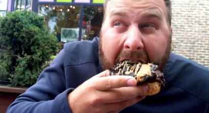 Voodoo Doughnuts. I. Love. This. Picture. (Clyde hates it.)